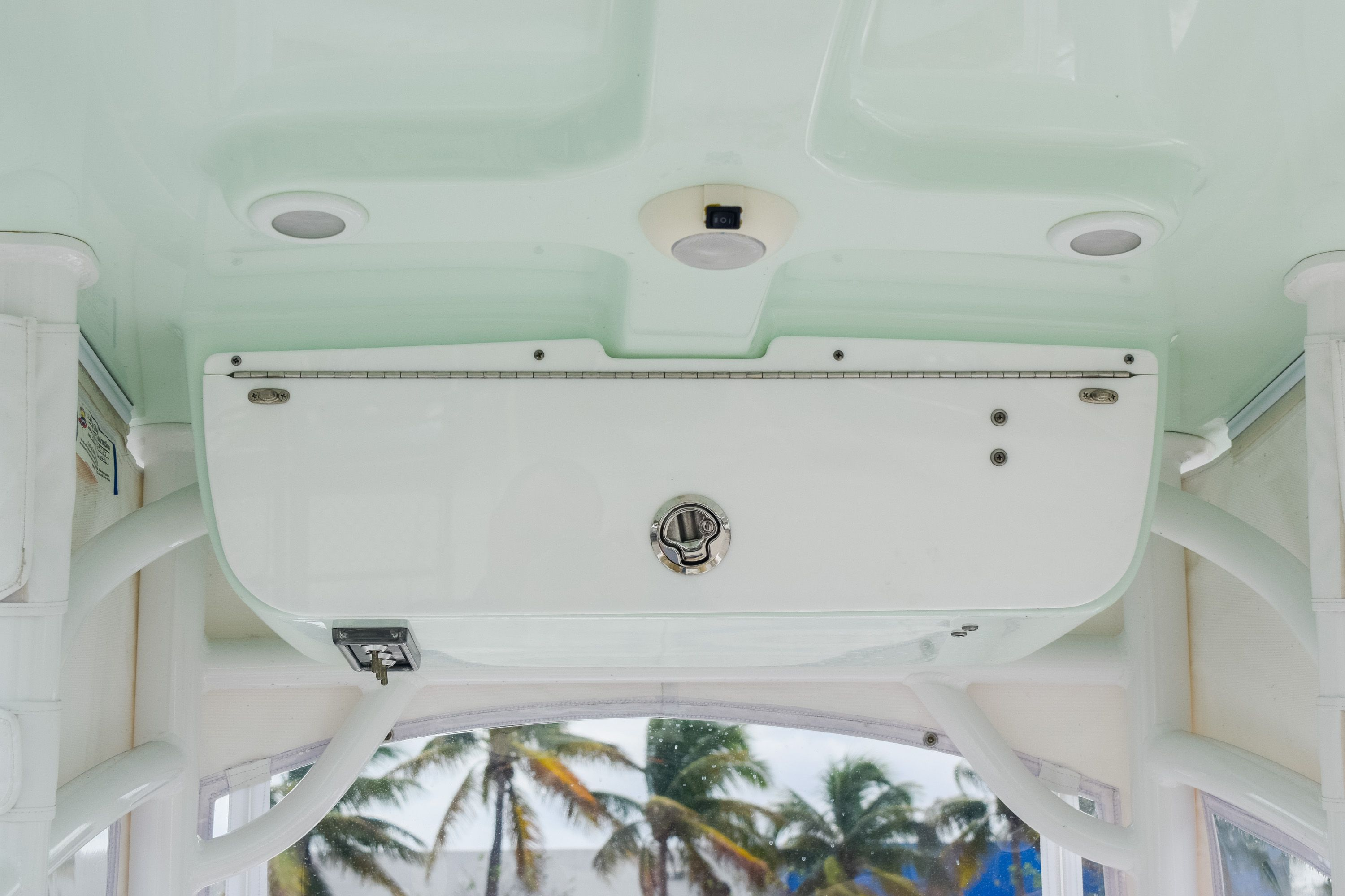 Thumbnail 14 for Used 2017 Sportsman 231 Heritage boat for sale in Fort Lauderdale, FL