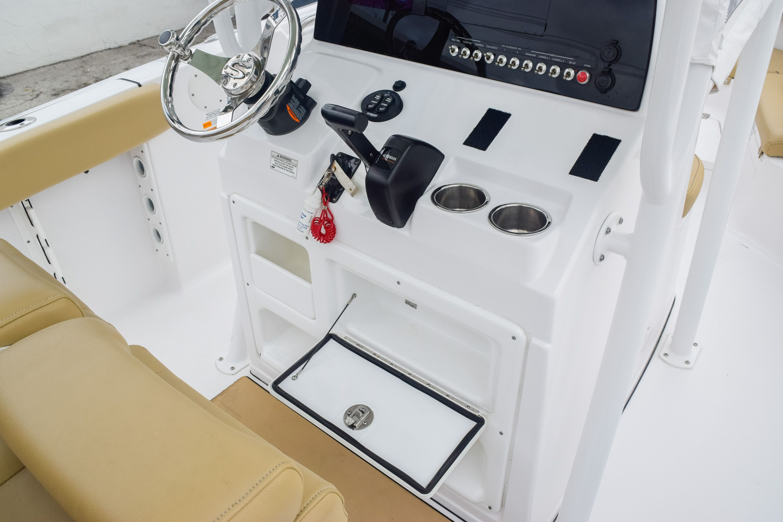 Thumbnail 20 for Used 2017 Sportsman 231 Heritage boat for sale in Fort Lauderdale, FL