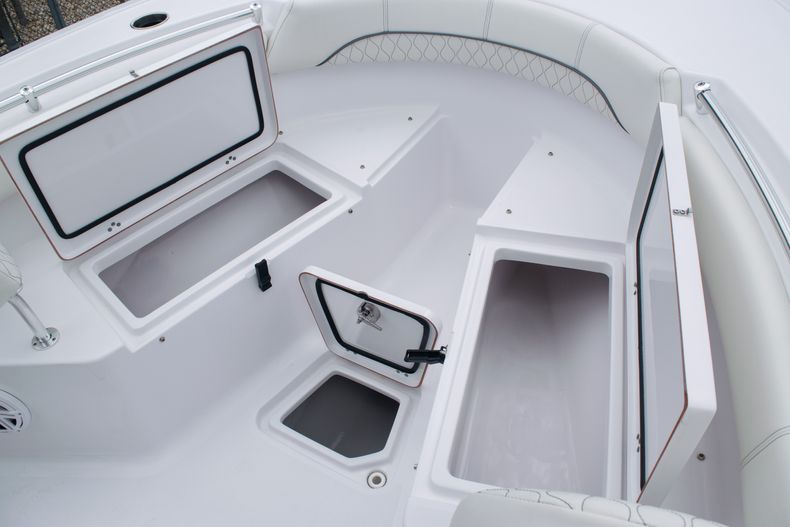 Thumbnail 36 for New 2020 Sportsman Open 212 Center Console boat for sale in Miami, FL