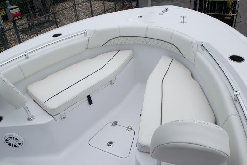 Thumbnail 35 for New 2020 Sportsman Open 212 Center Console boat for sale in Miami, FL