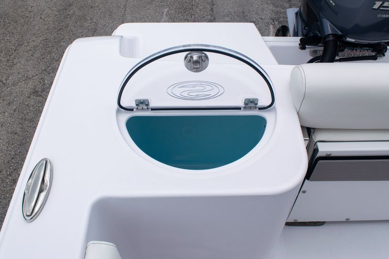 Thumbnail 10 for New 2020 Sportsman Open 212 Center Console boat for sale in Miami, FL
