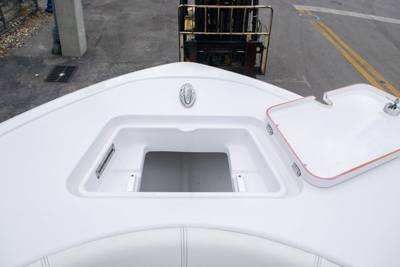 Thumbnail 40 for New 2020 Sportsman Open 212 Center Console boat for sale in Miami, FL