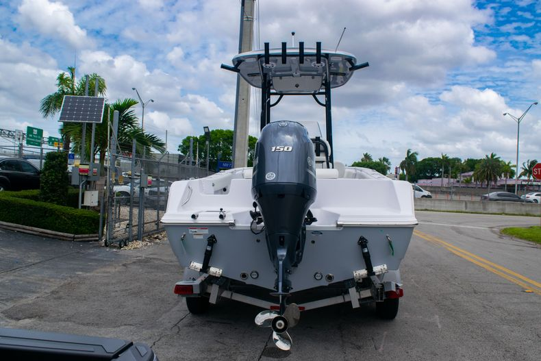 Thumbnail 6 for New 2020 Sportsman Open 212 Center Console boat for sale in Miami, FL