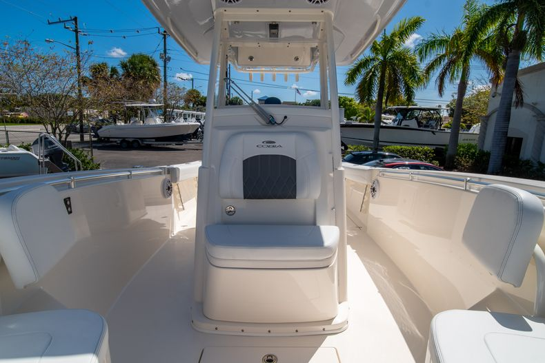 Thumbnail 45 for New 2020 Cobia 280 CC Center Console boat for sale in West Palm Beach, FL