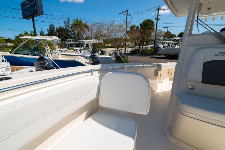 Thumbnail 44 for New 2020 Cobia 280 CC Center Console boat for sale in West Palm Beach, FL