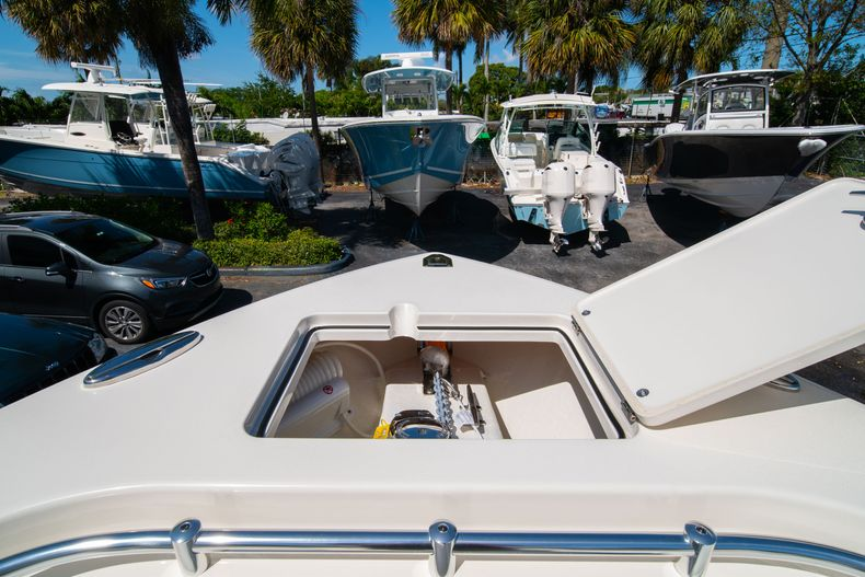 Thumbnail 42 for New 2020 Cobia 280 CC Center Console boat for sale in West Palm Beach, FL