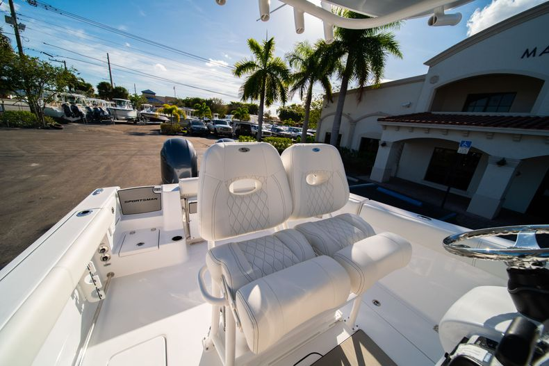 Thumbnail 36 for New 2020 Sportsman Open 252 Center Console boat for sale in West Palm Beach, FL