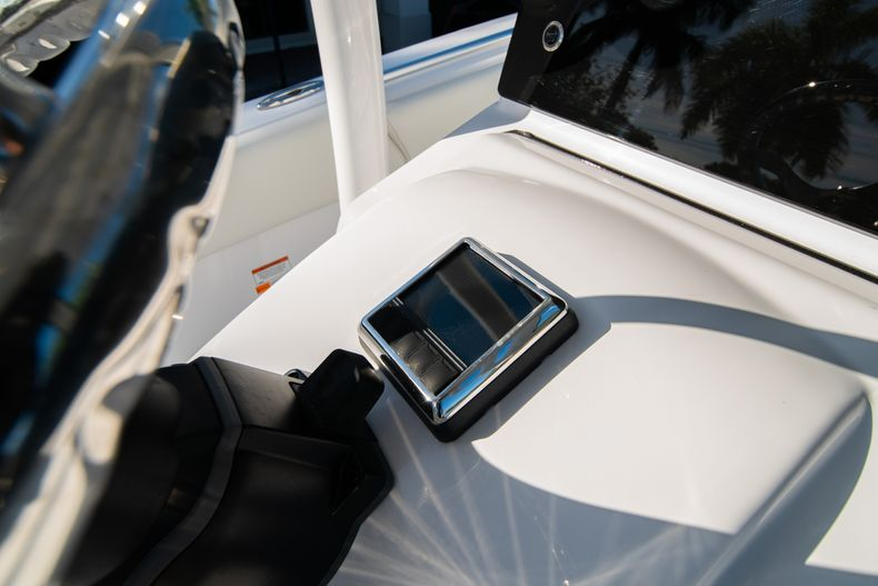 Thumbnail 32 for New 2020 Sportsman Open 252 Center Console boat for sale in West Palm Beach, FL