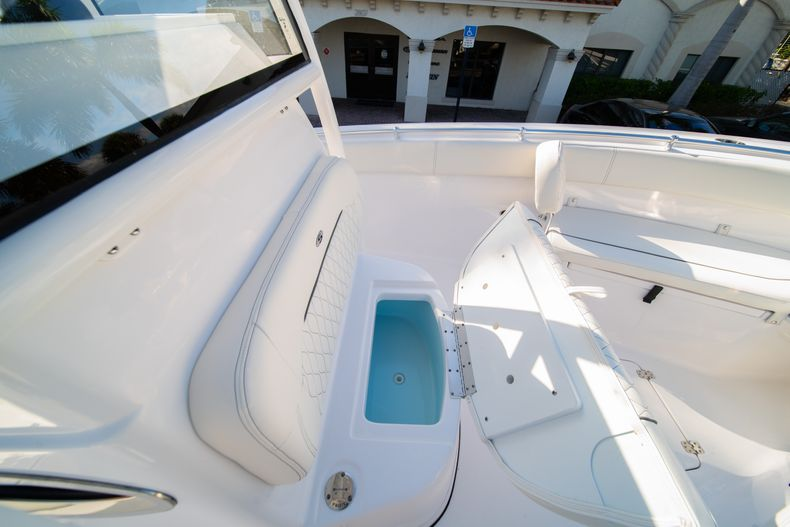Thumbnail 48 for New 2020 Sportsman Open 252 Center Console boat for sale in West Palm Beach, FL