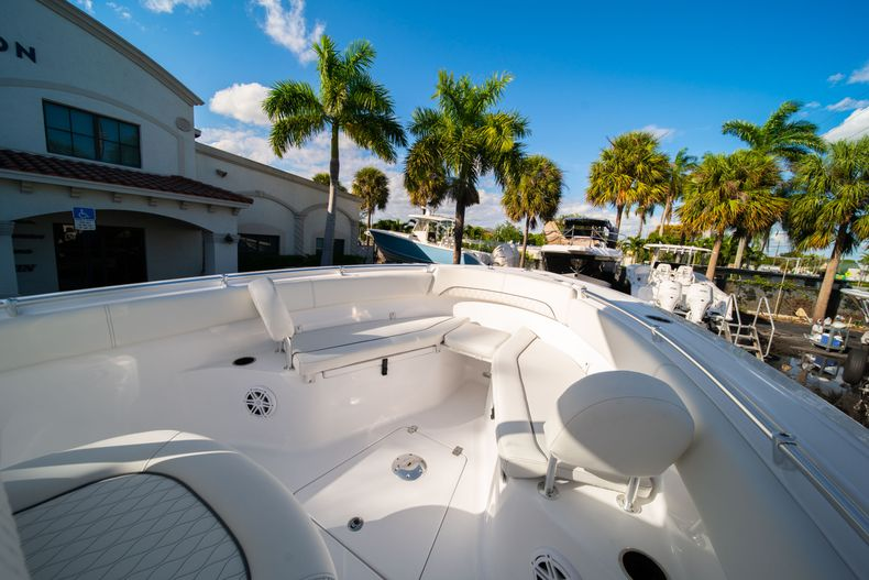 Thumbnail 41 for New 2020 Sportsman Open 252 Center Console boat for sale in West Palm Beach, FL