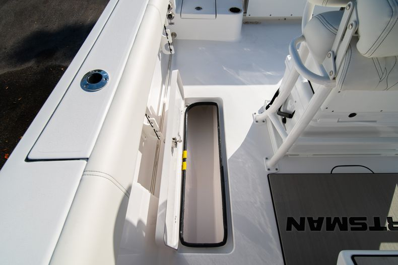 Thumbnail 21 for New 2020 Sportsman Open 252 Center Console boat for sale in West Palm Beach, FL