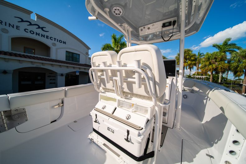 Thumbnail 23 for New 2020 Sportsman Open 252 Center Console boat for sale in West Palm Beach, FL