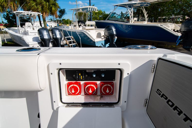 Thumbnail 12 for New 2020 Sportsman Open 252 Center Console boat for sale in West Palm Beach, FL