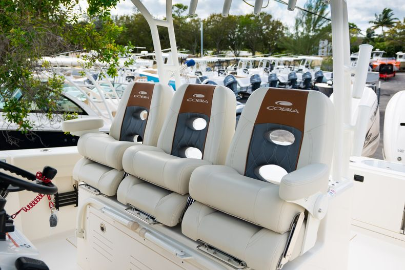 Thumbnail 18 for New 2020 Cobia 350 CC Center Console boat for sale in West Palm Beach, FL