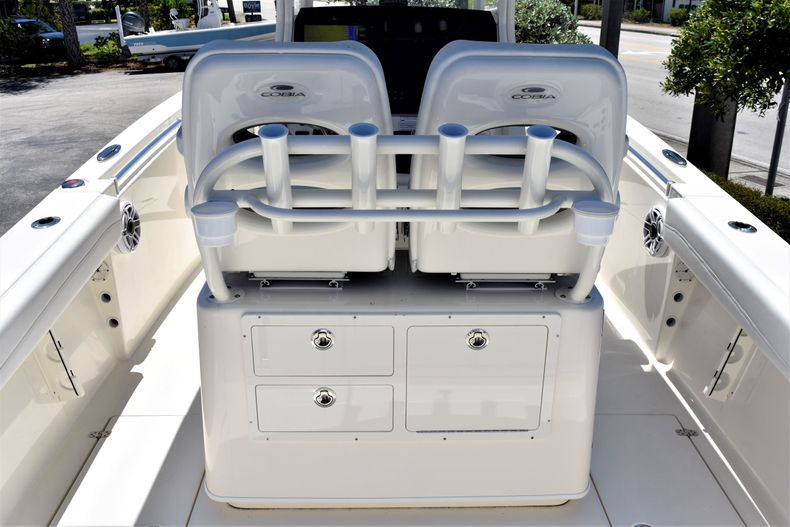 Thumbnail 11 for New 2020 Cobia 262 CC Center Console boat for sale in West Palm Beach, FL