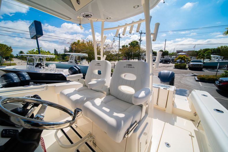 Thumbnail 37 for New 2020 Cobia 301 CC Center Console boat for sale in West Palm Beach, FL