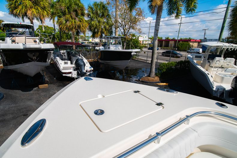 Thumbnail 44 for New 2020 Cobia 301 CC Center Console boat for sale in West Palm Beach, FL