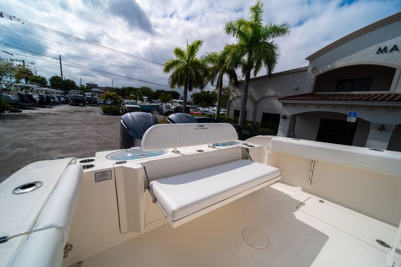 Thumbnail 12 for New 2020 Cobia 301 CC Center Console boat for sale in West Palm Beach, FL