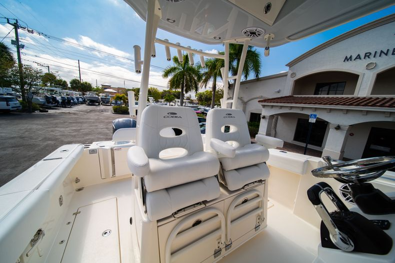 Thumbnail 34 for New 2020 Cobia 301 CC Center Console boat for sale in West Palm Beach, FL