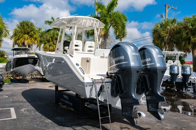 Thumbnail 5 for New 2020 Cobia 301 CC Center Console boat for sale in West Palm Beach, FL