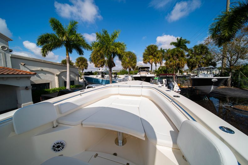 Thumbnail 40 for New 2020 Cobia 301 CC Center Console boat for sale in West Palm Beach, FL