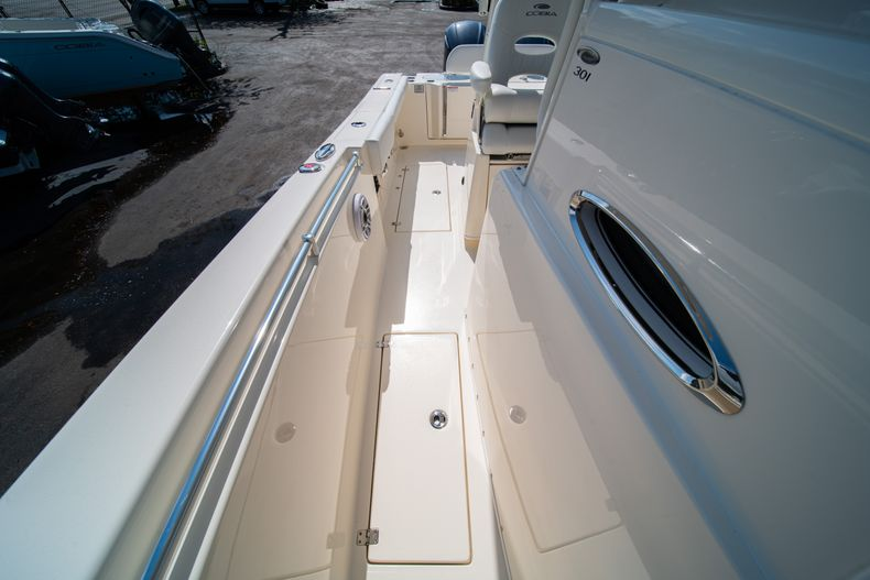 Thumbnail 38 for New 2020 Cobia 301 CC Center Console boat for sale in West Palm Beach, FL