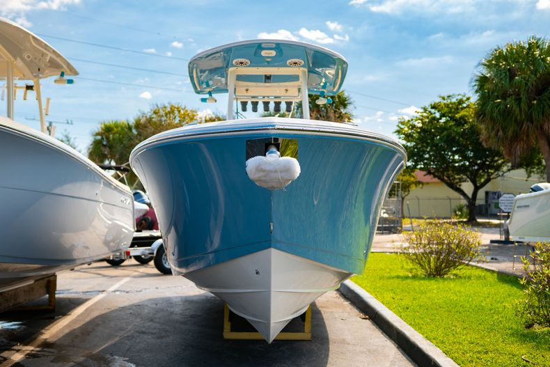 Thumbnail 1 for New 2020 Cobia 280 CC Center Console boat for sale in Islamorada, FL