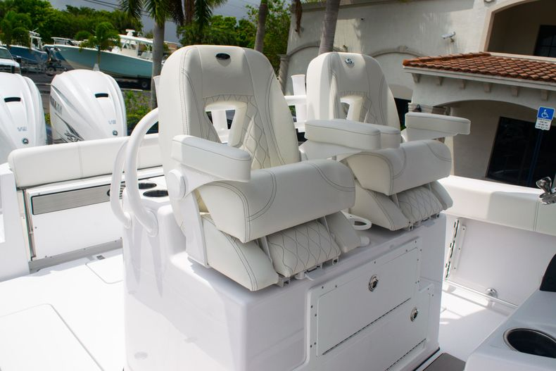 Thumbnail 32 for New 2020 Sportsman Open 312 Center Console boat for sale in West Palm Beach, FL