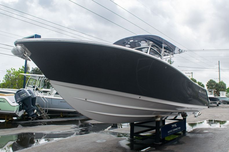 Thumbnail 3 for New 2020 Sportsman Open 312 Center Console boat for sale in West Palm Beach, FL