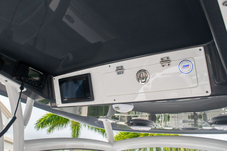 Thumbnail 28 for New 2020 Sportsman Open 312 Center Console boat for sale in West Palm Beach, FL