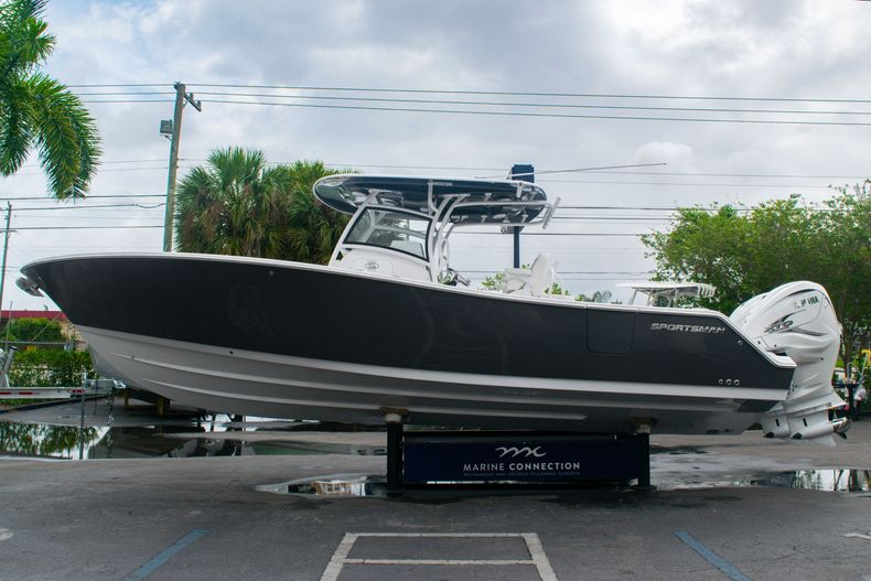 Thumbnail 4 for New 2020 Sportsman Open 312 Center Console boat for sale in West Palm Beach, FL