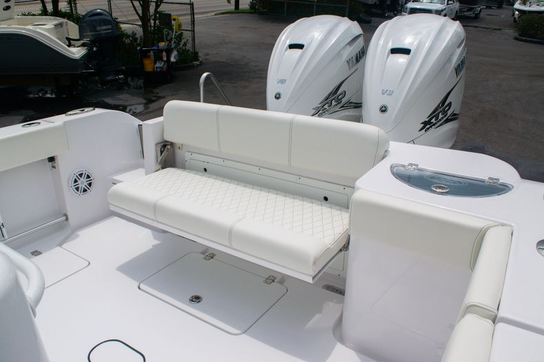 Thumbnail 12 for New 2020 Sportsman Open 312 Center Console boat for sale in West Palm Beach, FL
