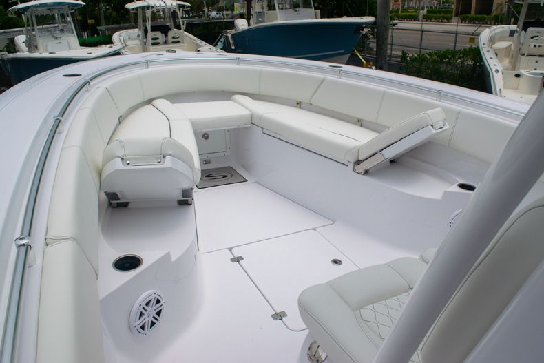 Thumbnail 40 for New 2020 Sportsman Open 312 Center Console boat for sale in West Palm Beach, FL