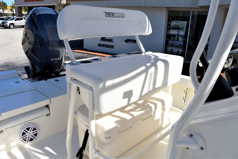 Thumbnail 16 for New 2020 Pathfinder 2200 TRS boat for sale in Vero Beach, FL