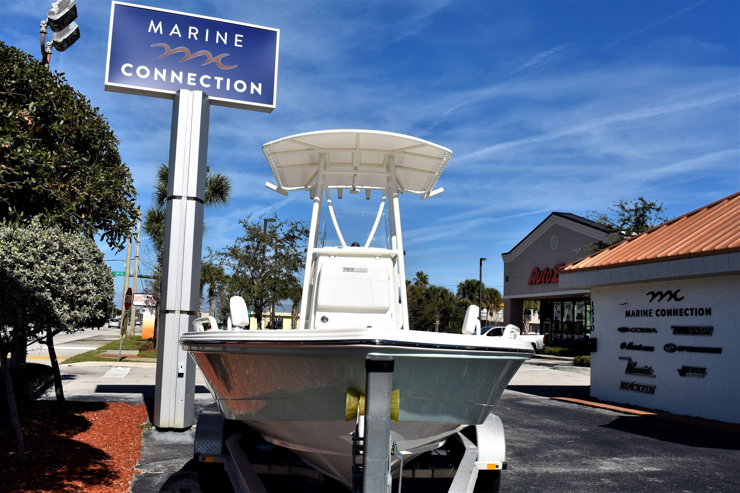 Thumbnail 2 for New 2020 Pathfinder 2200 TRS boat for sale in Vero Beach, FL