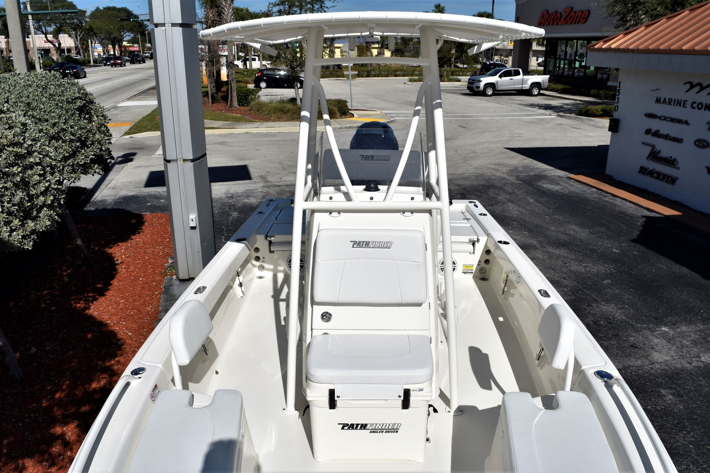 Thumbnail 13 for New 2020 Pathfinder 2200 TRS boat for sale in Vero Beach, FL