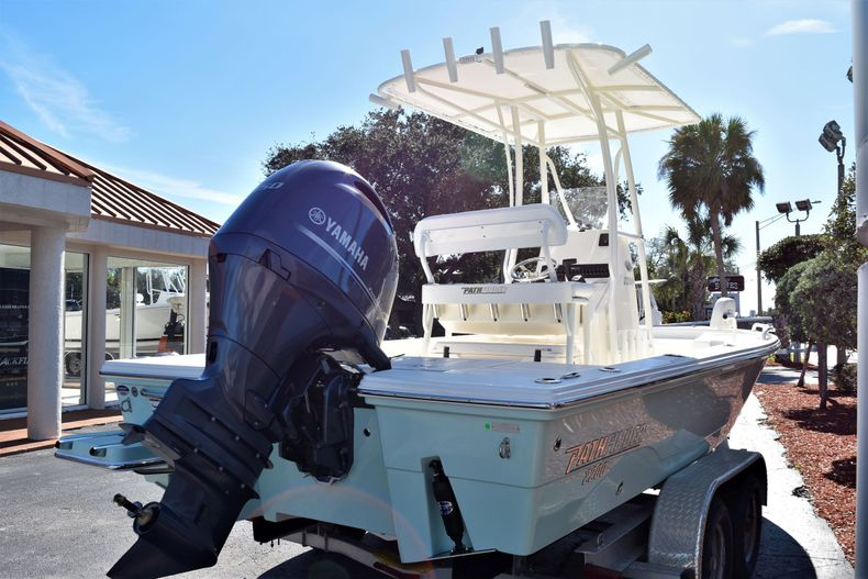 Thumbnail 5 for New 2020 Pathfinder 2200 TRS boat for sale in Vero Beach, FL