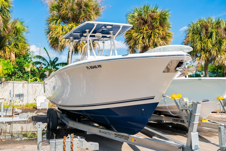 Used 2014 Cobia 296 Center Console boat for sale in West Palm Beach, FL