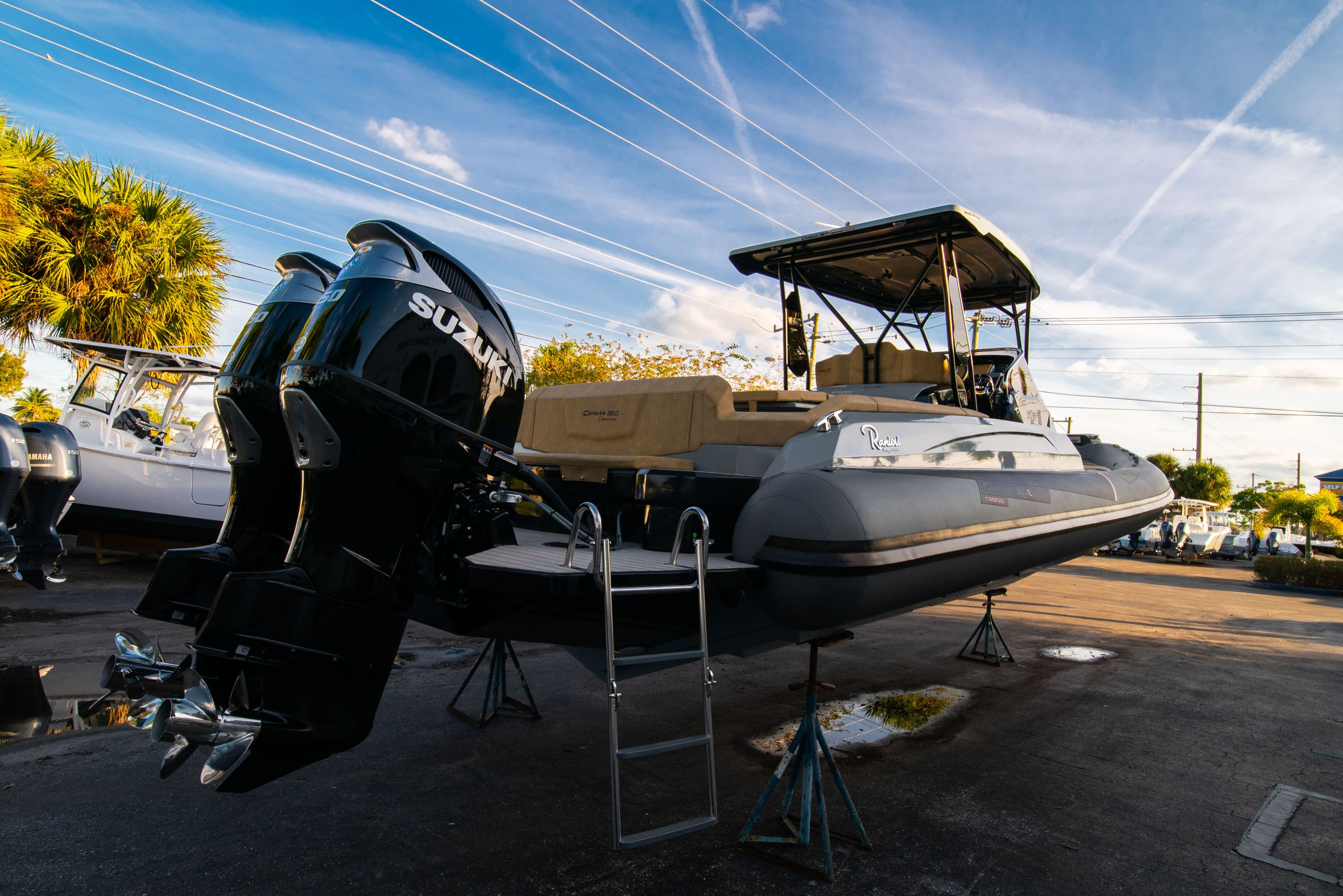Thumbnail 3 for New 2019 Ranieri Cayman 38 Executive boat for sale in West Palm Beach, FL