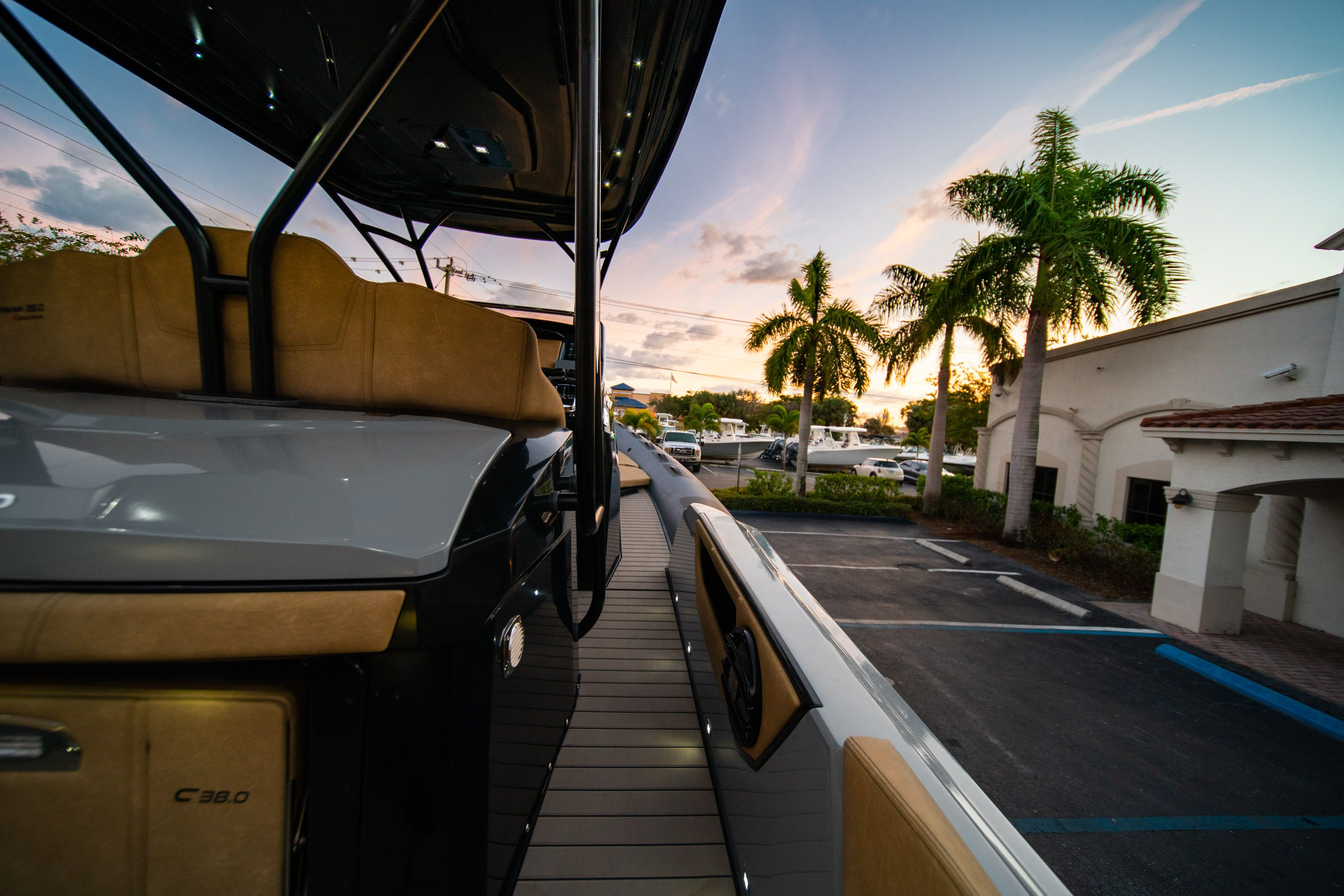 Thumbnail 22 for New 2019 Ranieri Cayman 38 Executive boat for sale in West Palm Beach, FL