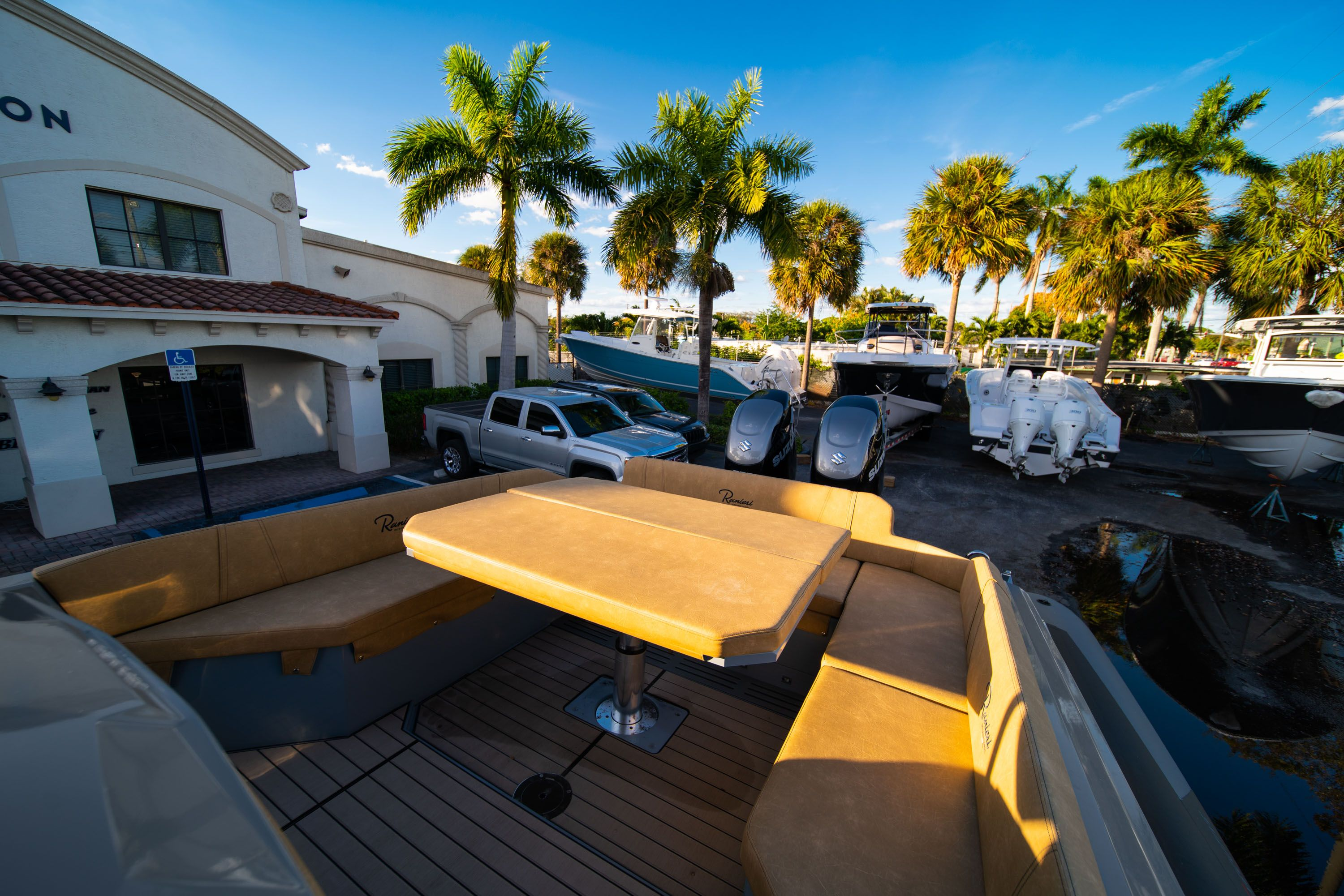Thumbnail 17 for New 2019 Ranieri Cayman 38 Executive boat for sale in West Palm Beach, FL