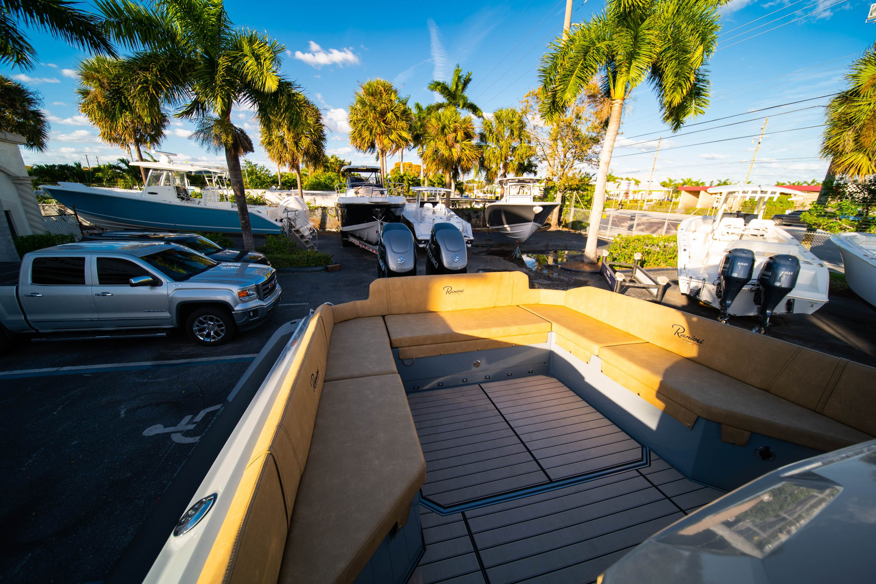 Thumbnail 18 for New 2019 Ranieri Cayman 38 Executive boat for sale in West Palm Beach, FL