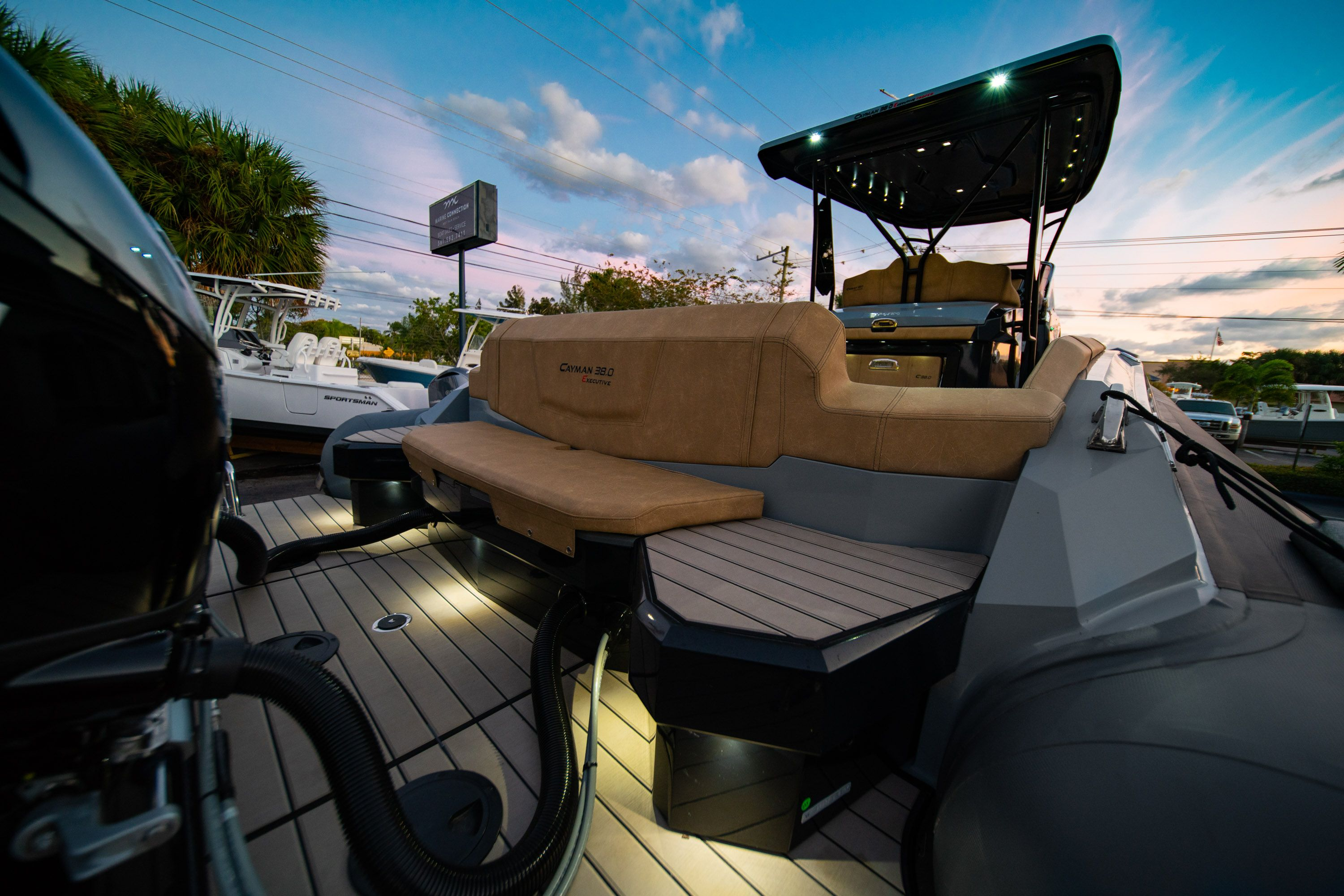 Thumbnail 9 for New 2019 Ranieri Cayman 38 Executive boat for sale in West Palm Beach, FL
