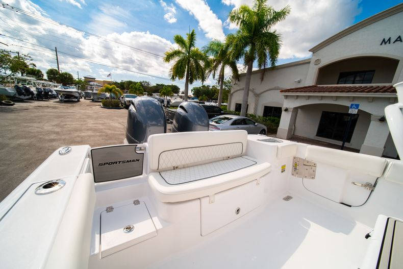 Thumbnail 13 for New 2020 Sportsman Heritage 251 Center Console boat for sale in West Palm Beach, FL
