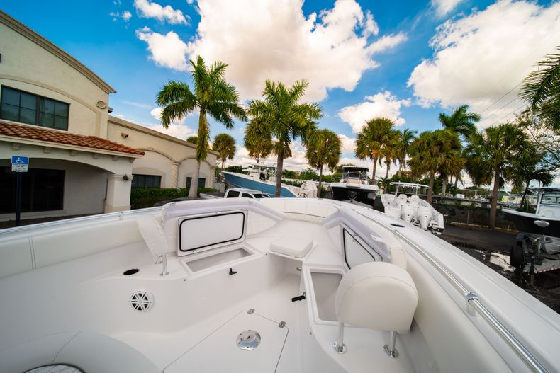 Thumbnail 37 for New 2020 Sportsman Heritage 251 Center Console boat for sale in West Palm Beach, FL