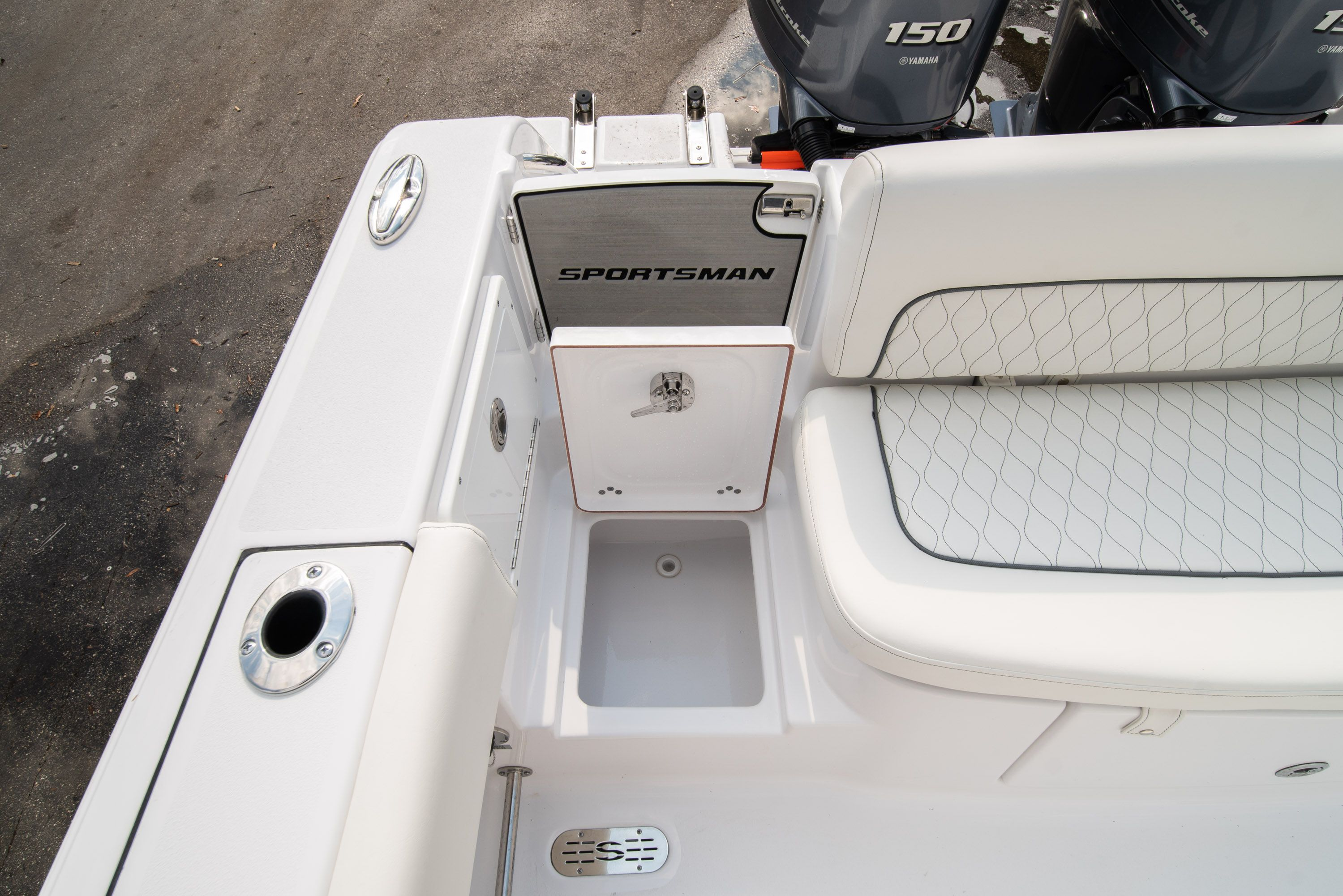 Thumbnail 12 for New 2020 Sportsman Heritage 251 Center Console boat for sale in West Palm Beach, FL