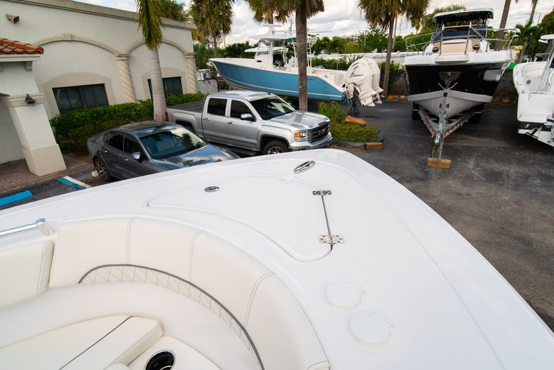 Thumbnail 43 for New 2020 Sportsman Heritage 251 Center Console boat for sale in West Palm Beach, FL