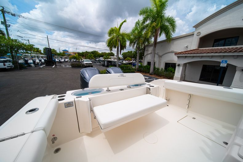 Thumbnail 10 for New 2019 Cobia 301 CC Center Console boat for sale in Islamorada, FL