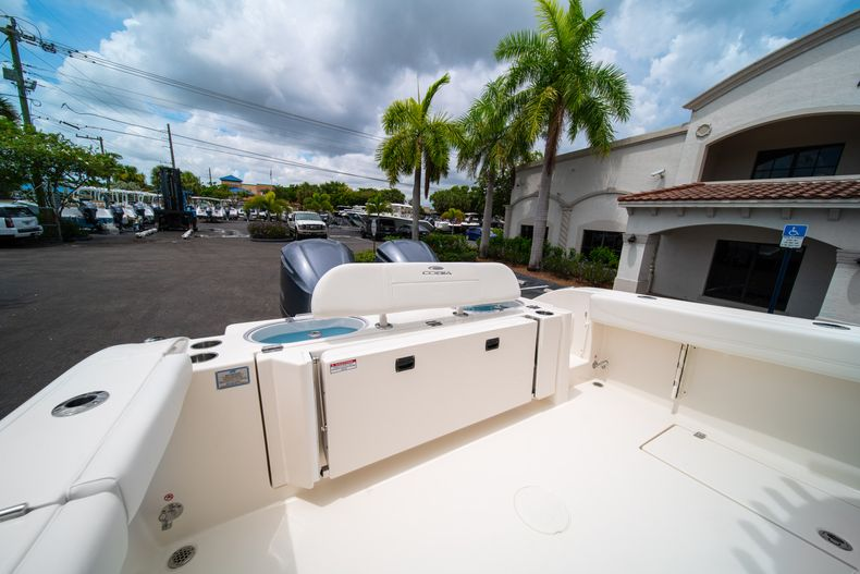Thumbnail 9 for New 2019 Cobia 301 CC Center Console boat for sale in Islamorada, FL