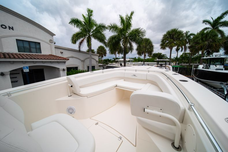 Thumbnail 35 for New 2019 Cobia 301 CC Center Console boat for sale in Islamorada, FL